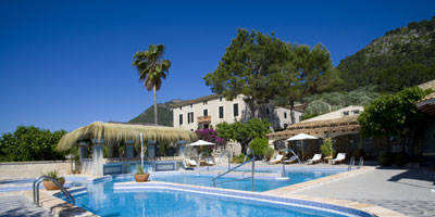 swimming pool majorca